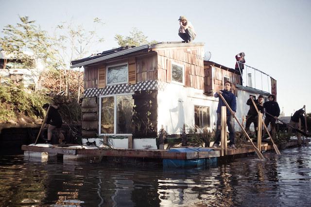 1-Jerko-Houseboat