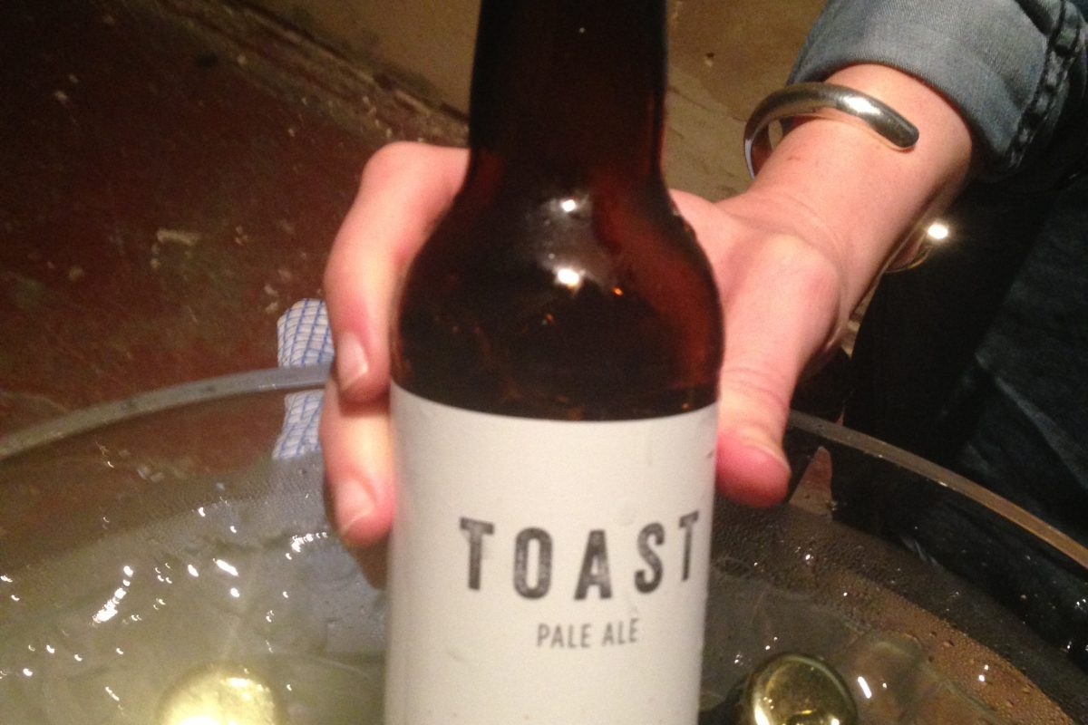 Toast ale beer