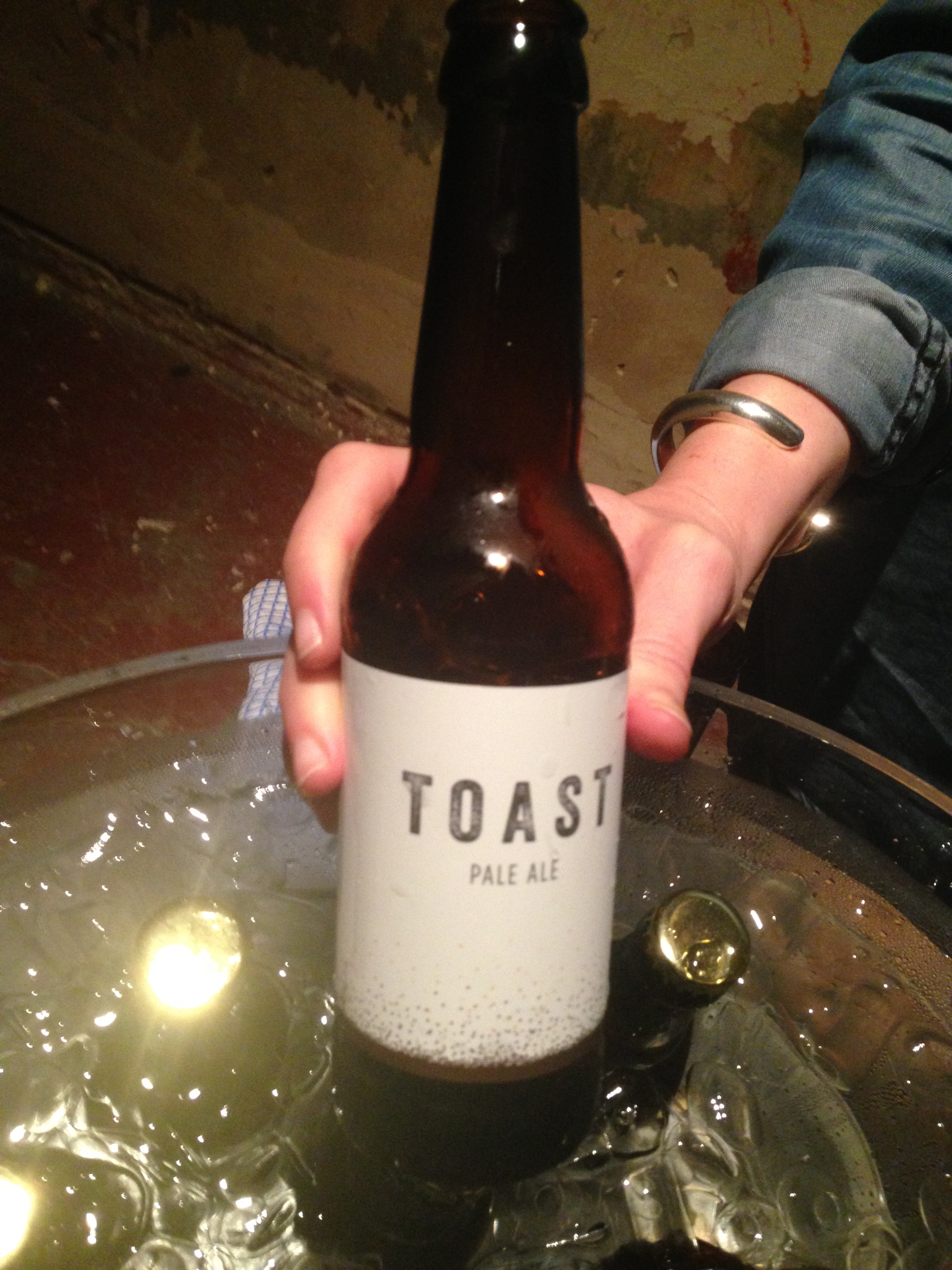 Toast ale beer