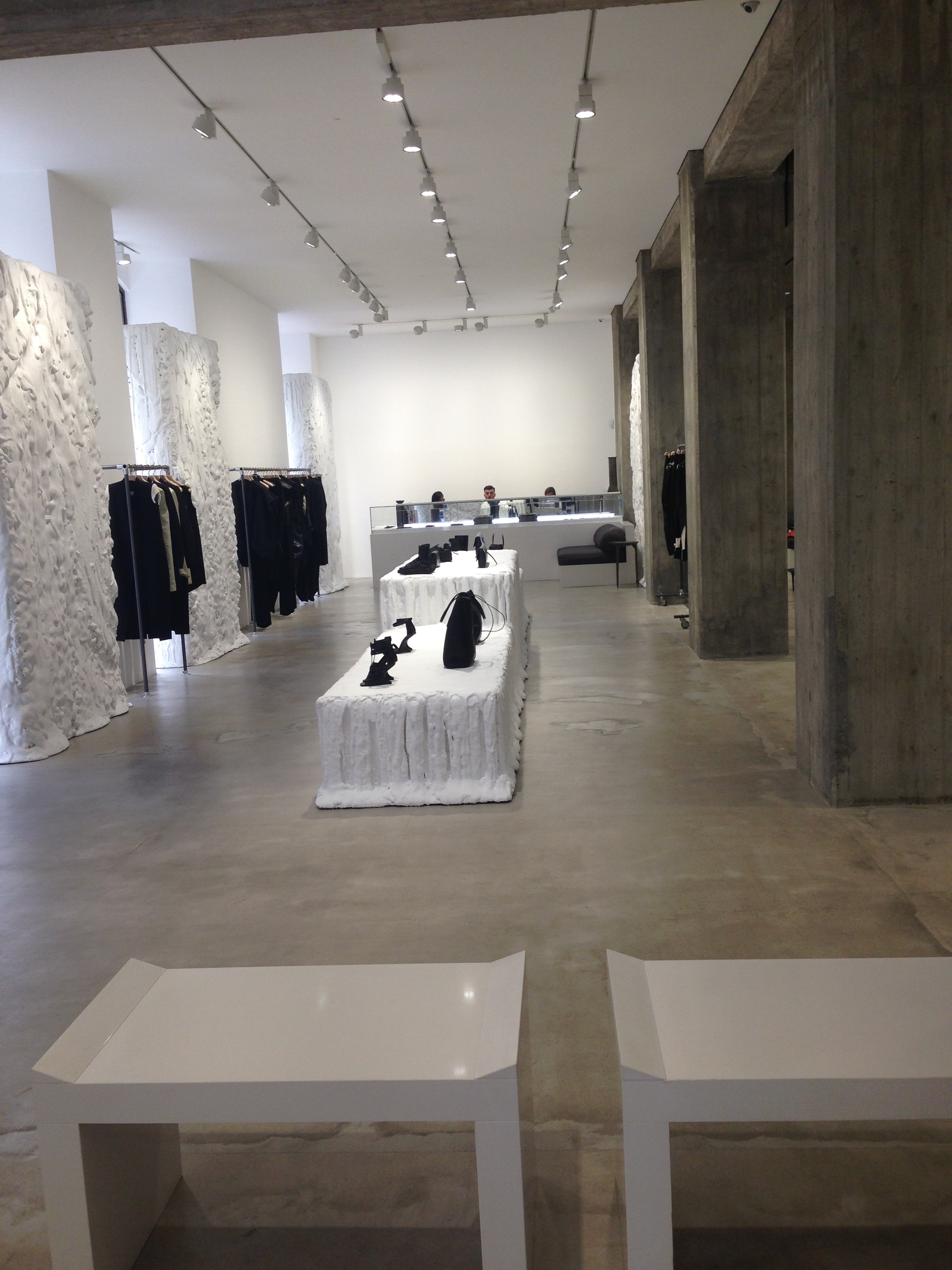 Rick owens wax figure in milan store for Rick owens milan